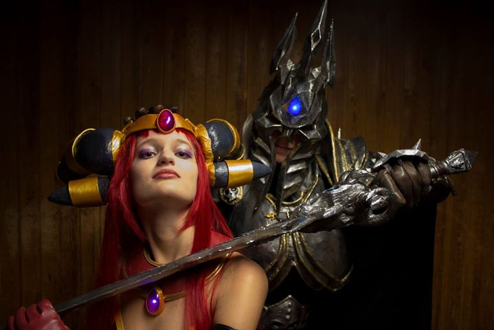 Alexstrasza and Lich King cosplay
